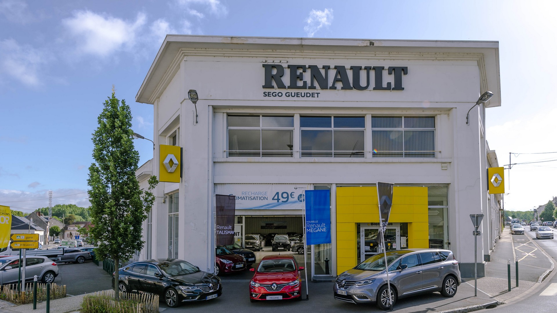 concession renault clermont vente de voiture neuve occasion et entretien automobile. Black Bedroom Furniture Sets. Home Design Ideas